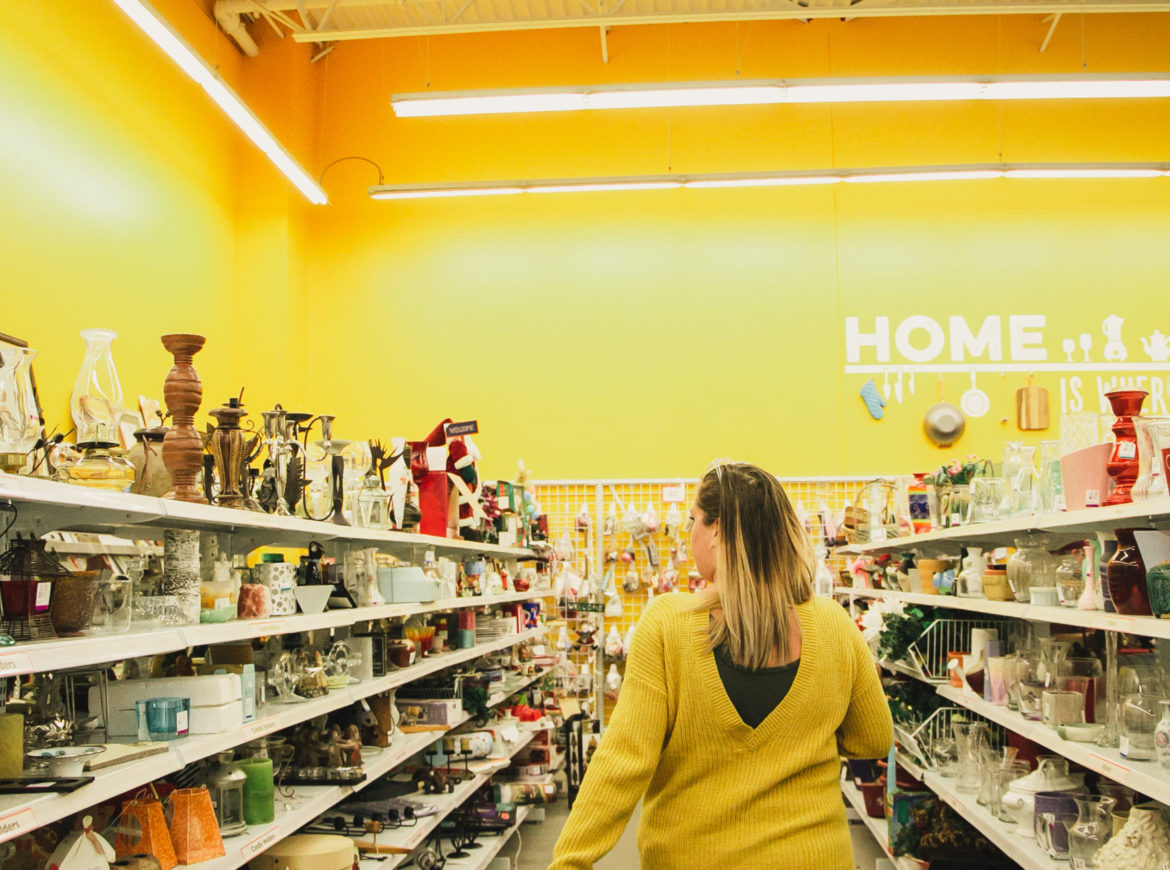 THRIFTING: WHY YOU SHOULD SHOP THE ENTIRE STORE!